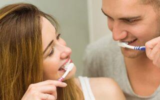 Як чистити зуби правильно в домашніх умовах, чи можна содою, скільки по часу, якою пастою, навіщо, до сніданку або після, з якого віку