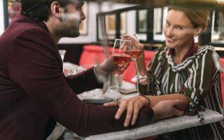 Велика різниця у віці між чоловіком і жінкою: 5, 10, 15, 20 років — психологія, приклади, поради, переваги, недоліки