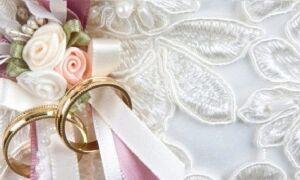 13 років — яке весілля? Як називається річниця спільного життя з дня шлюбу? Як вибрати листівку і торт на мереживне весілля?